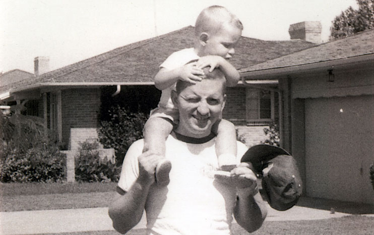 Ross Perot and his son in 1959